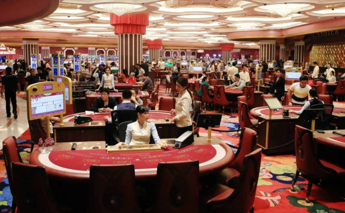 Macau Gaming Staff Rights Association Calling for Better Working Conditions and Pay Rises
